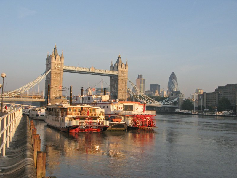 Tower Bridge and boats - Butlers Wharf