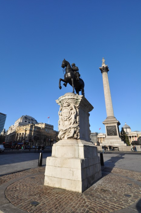 Nelsons Column - and King Charles Statue