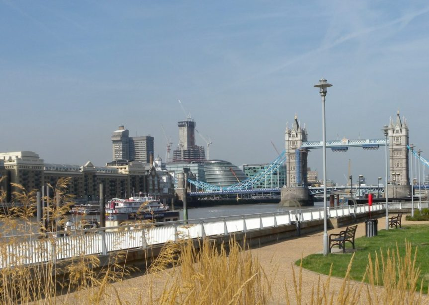 London Runs and Photo Routes - View from Hermitage Riverside Memorial gardens
