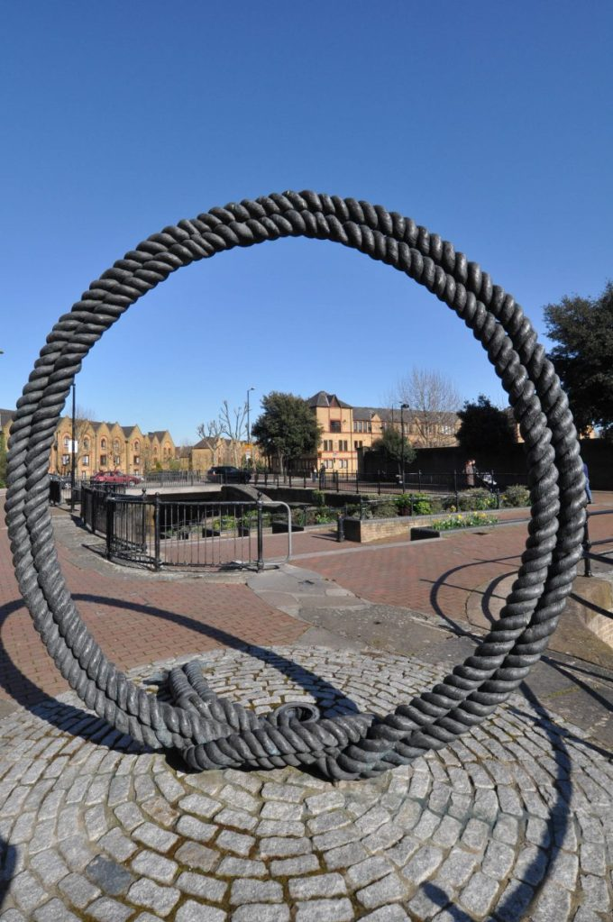 London Runs and Photo Routes - Q steel Rope - Vaughan Way