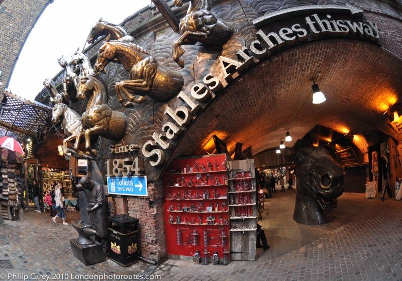 Horse sculptures - Stables Arches entrance