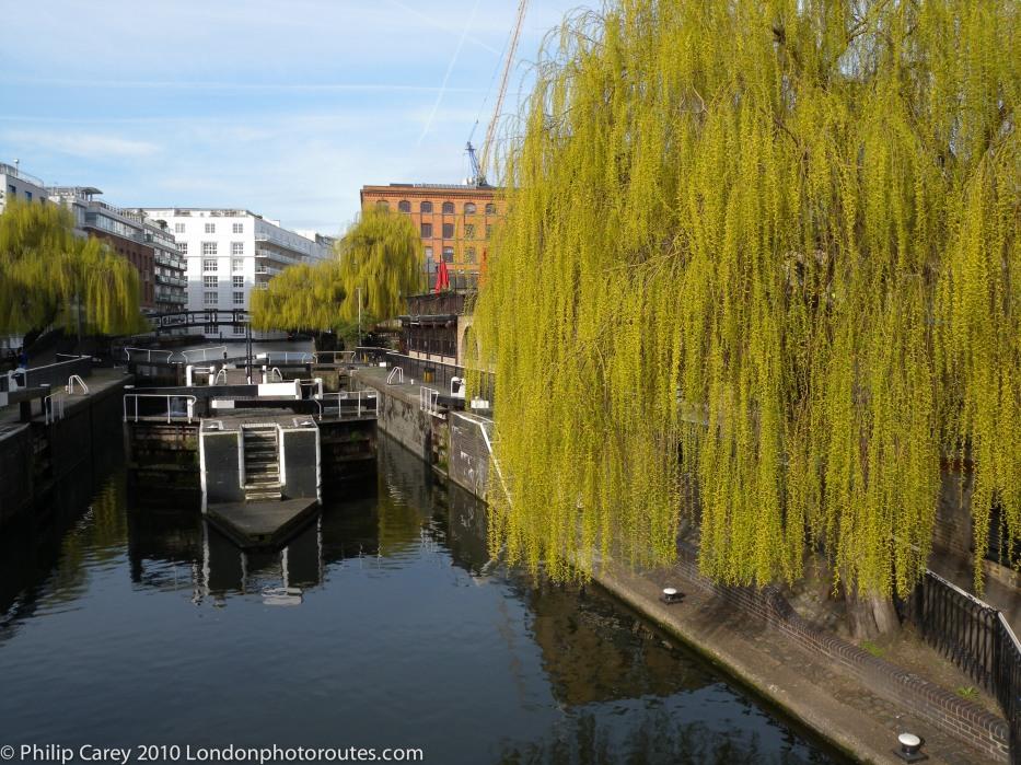 Camden Lock - Camden Town alternate view