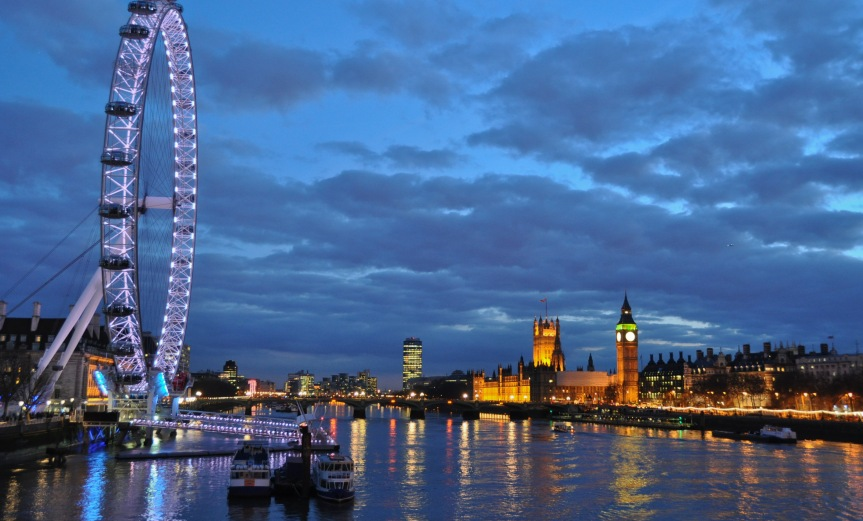 London Eye from Golden Jubilee Bridge - Dusk