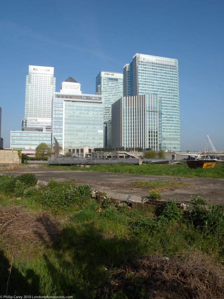 Docklands over Wastelands - Lovegrove Avenue