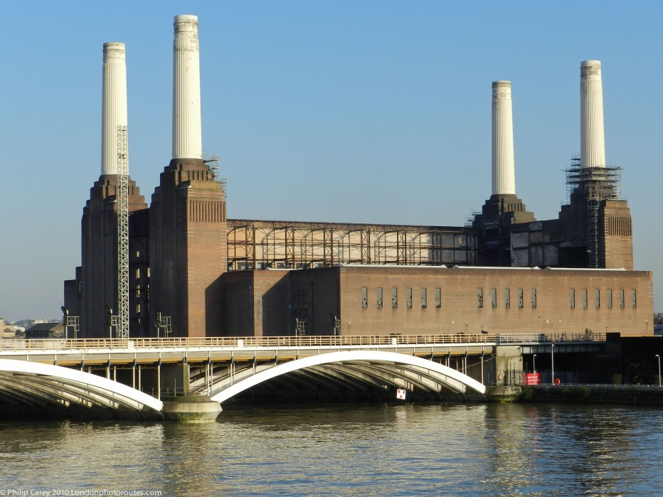 Battersea Power Station & Grosvenor Bridge from Chelsea Bridge