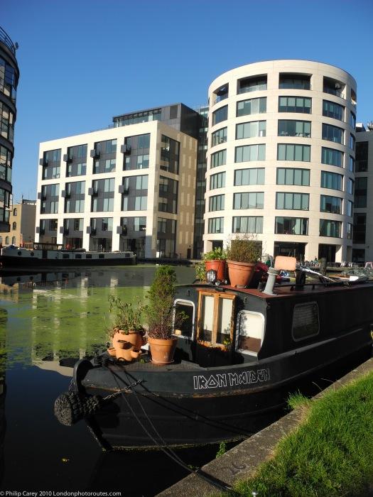 Office buildings near Canal Museumn