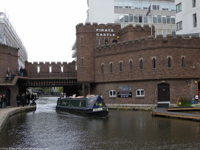 Pirate Castle - Regents Canal by Oval road