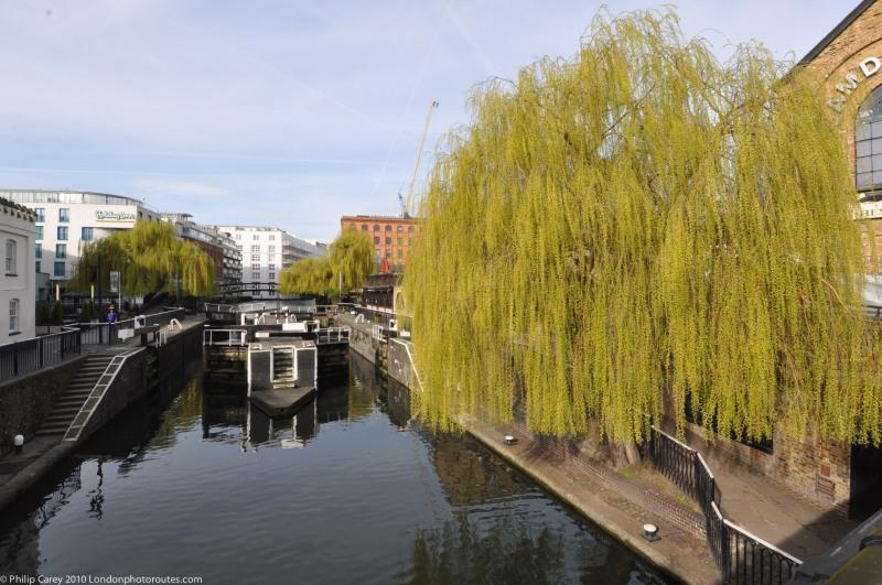 Regents Canal --by Camden Lock 2