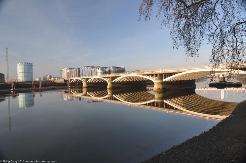 Grosvenor (Rail) Bridge - Grosvenor Road - opposite Battersea Power Station