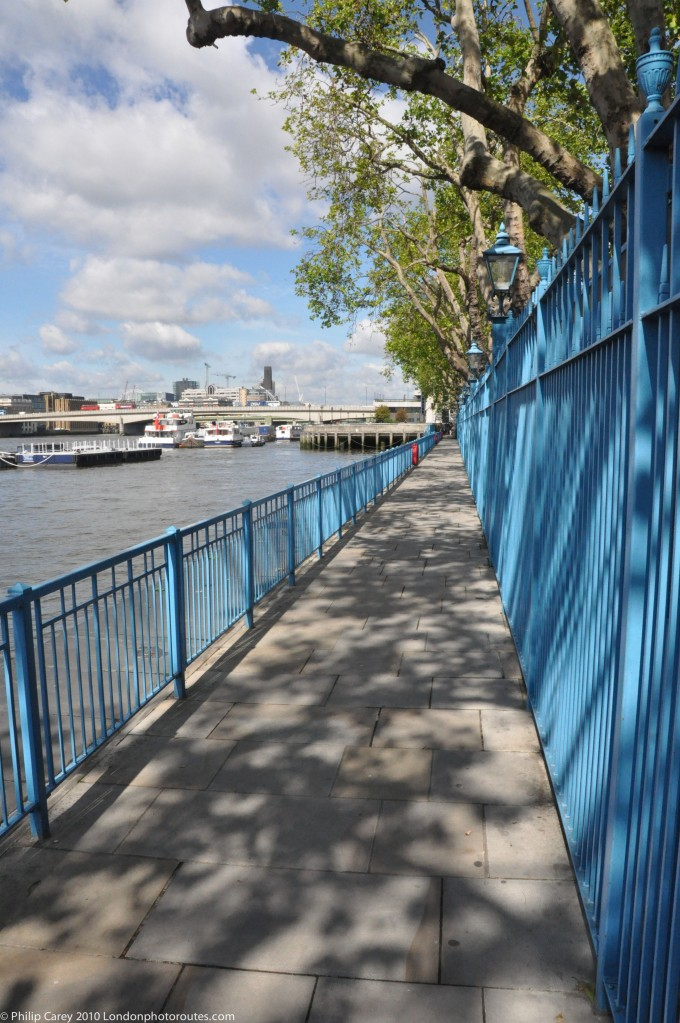 Old Billingsgate Market - River path