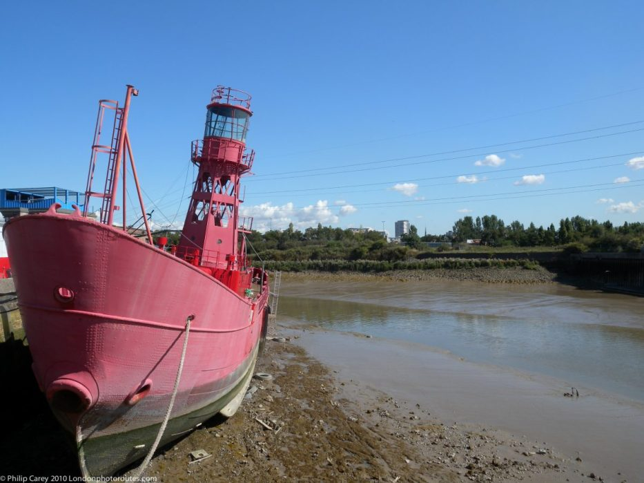 London Runs and Photo Routes - Lightship LV93 - Trinity Buoy Wharf