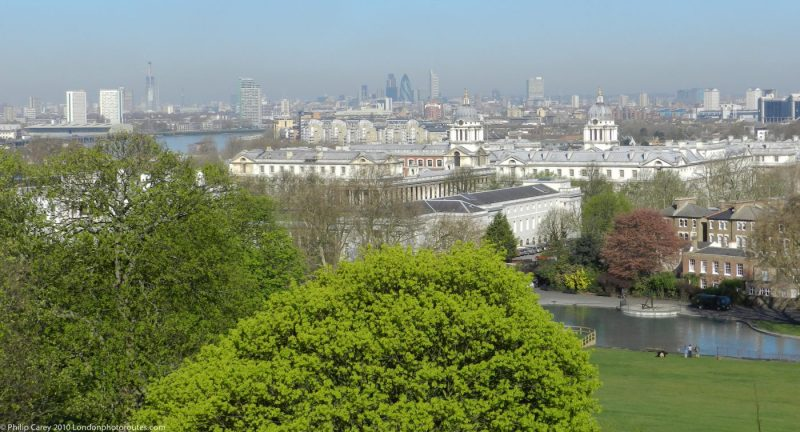 London Runs and Photo Routes -Docklands and the Maritime Museum from the East of Greenwich Park