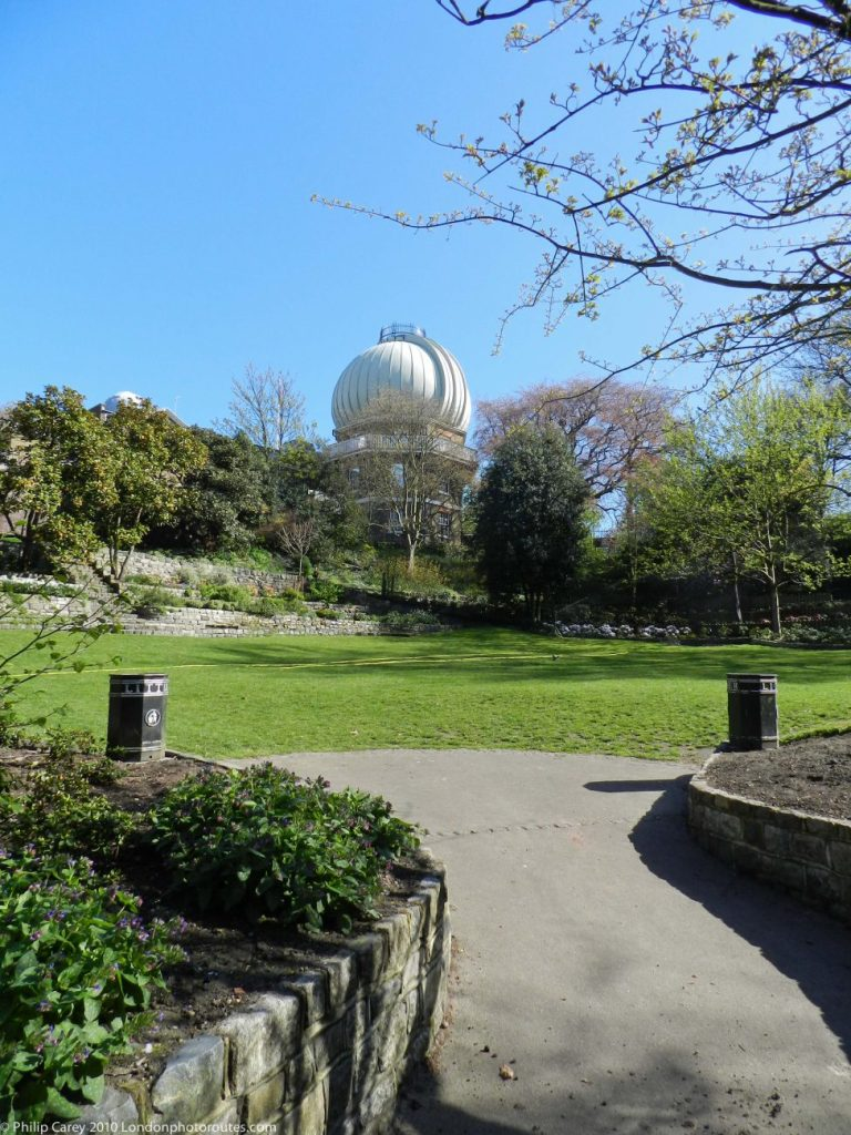 London Runs and Photo Routes - Royal Observatory from the Avenue