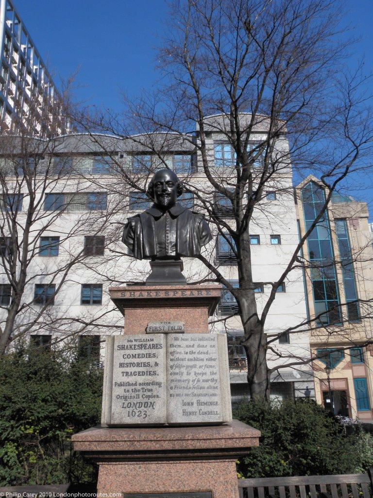 Shakespeare in St. Mary Aldermanbury Garden