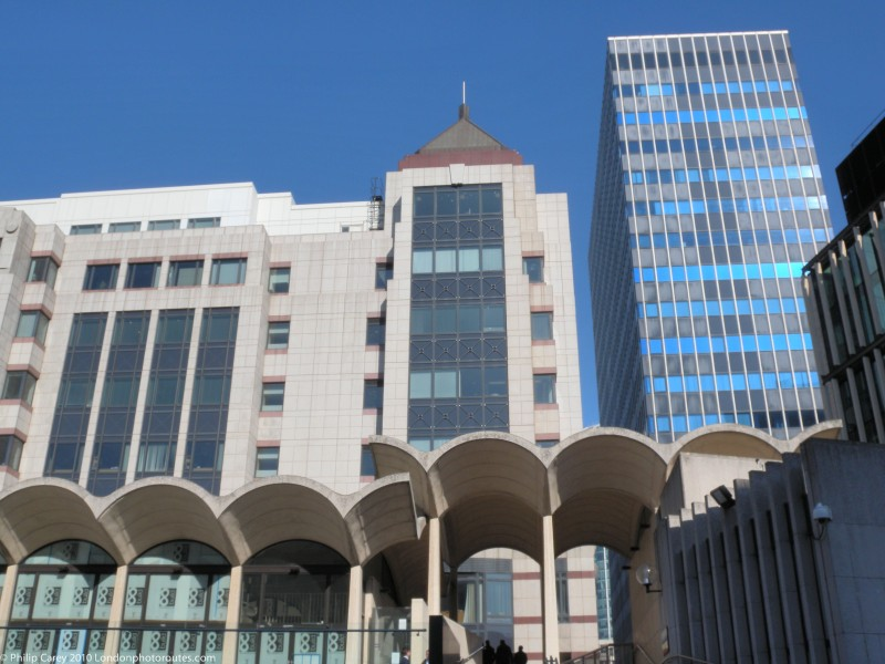 Modern Buildings beyond Guildhall
