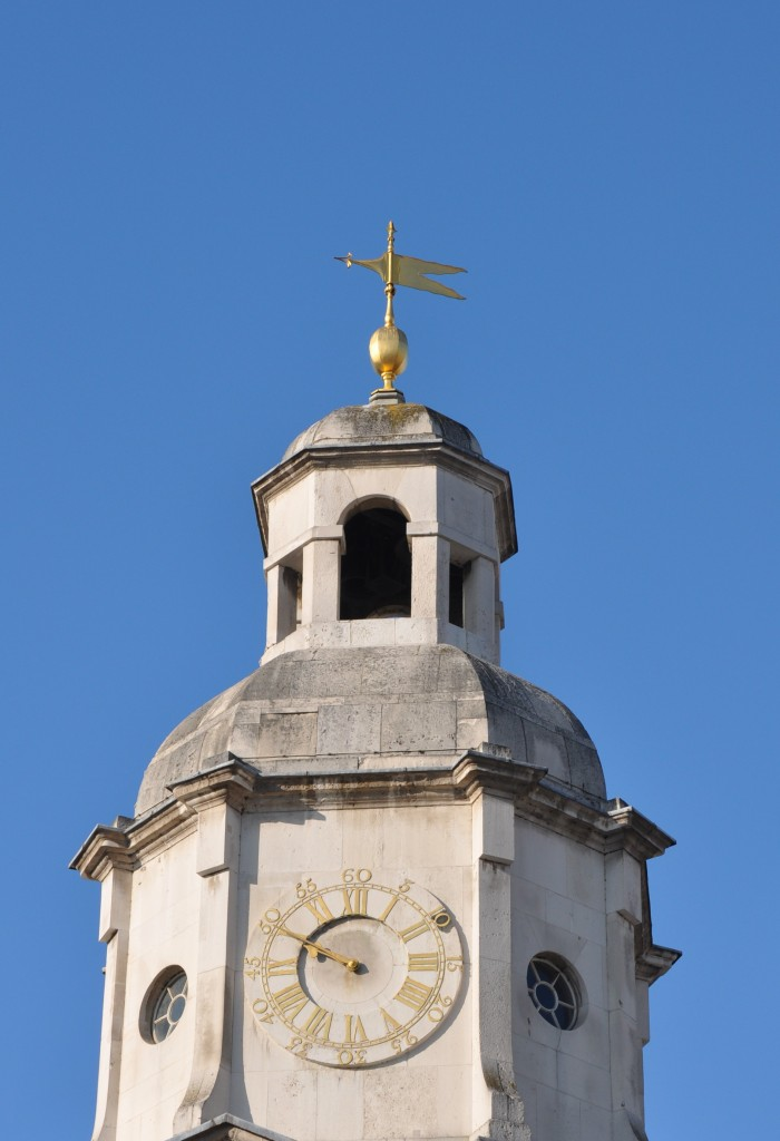 Clock on Horse Guards - Black 2 showing time of Charles I execution