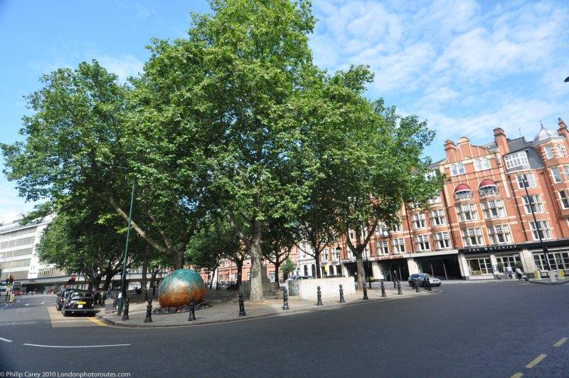 Sloane Square towards the Kings Road