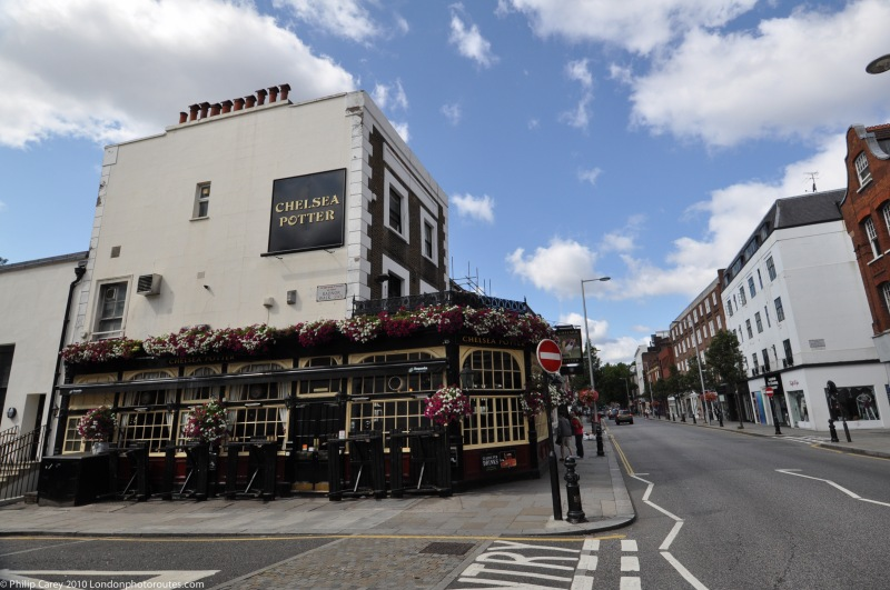 Kings Road - shops and pubs