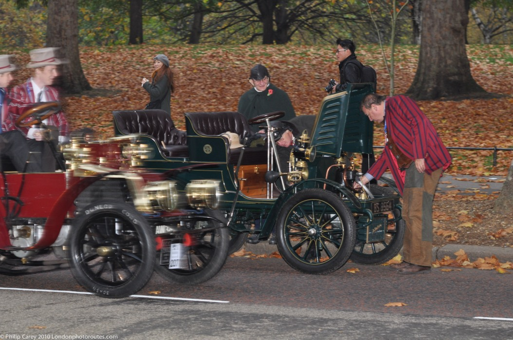 Early breakdown on Birdcage Walk- London to Brighton Veteran Car Rally