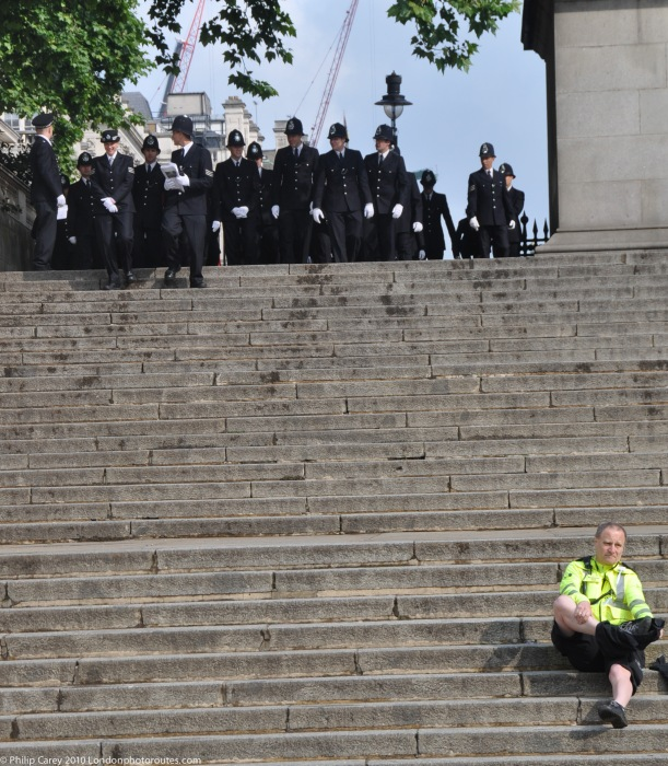 Arrival of the Police by Duke of York statue