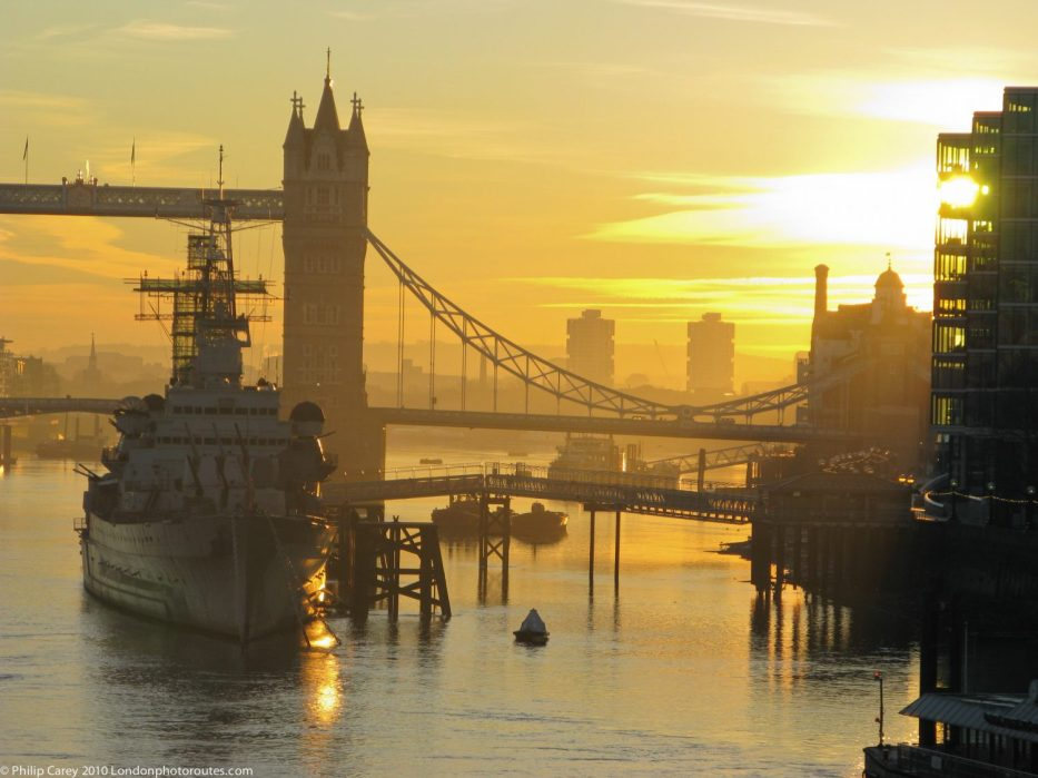 London Runs and Photo Routes - HMS Belfast from Tower Bridge - Sunrise.