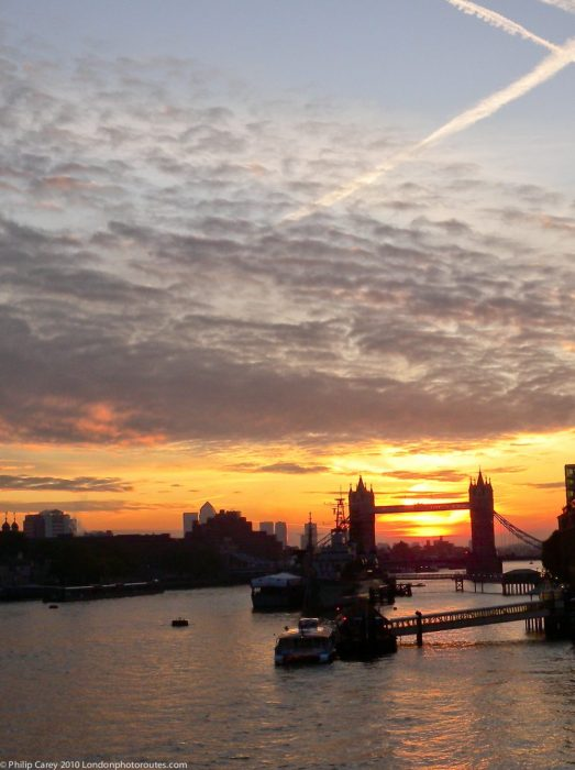 London Runs and Photo Routes - View from London Bridge towards Tower Bridge - sunrise