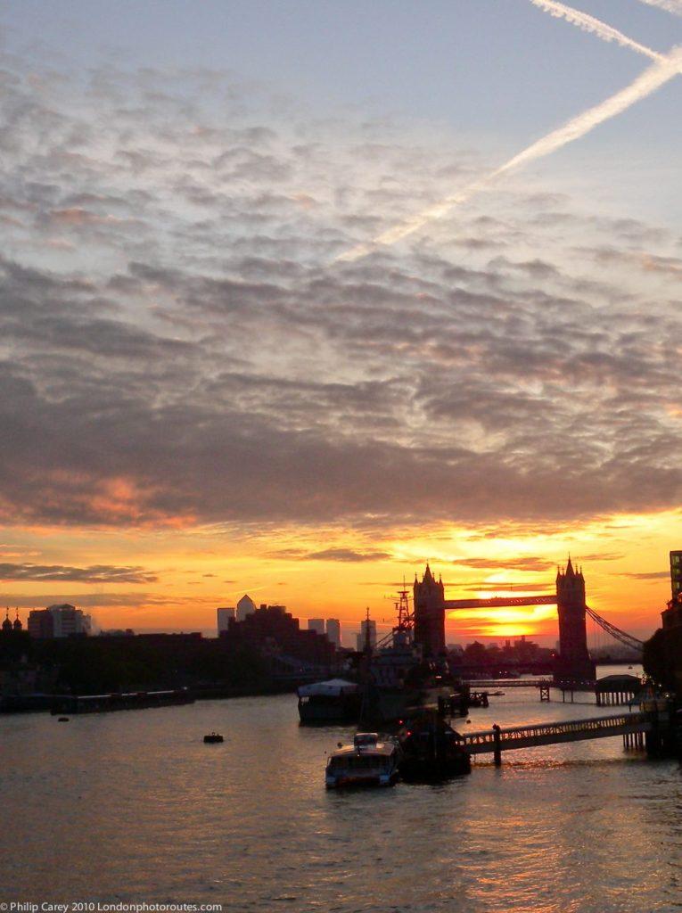 London Runs and Photo Routes - View from London Bridge towards Tower Bridge - sunrise