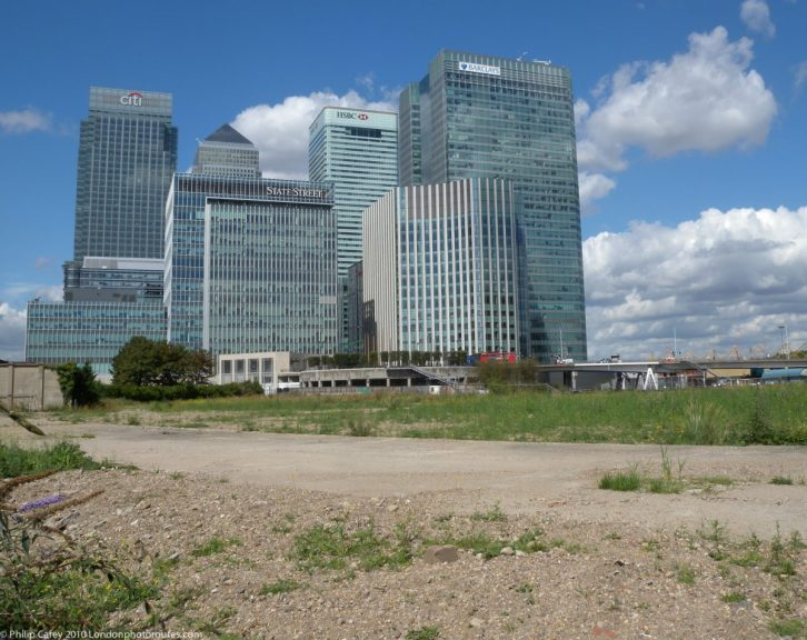 London Runs and Photo Routes - View across to Canary Wharf over wasteland / or building land