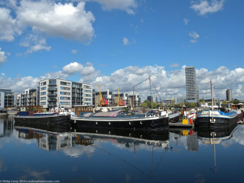 London Runs and Photo Routes -poplar_dock view with Boats
