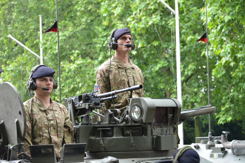 Household Calvary Standard Parade - Armoured Division leave 3