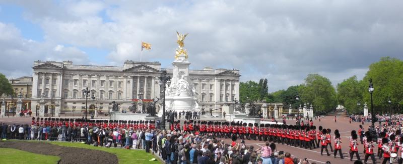 Guards and Buckingham Palace