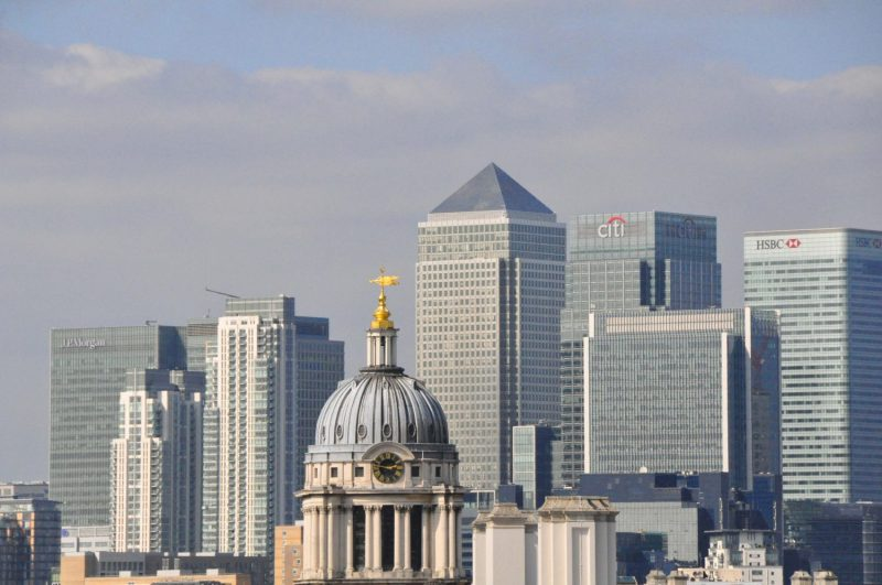 London Runs and Photo Routes - View towards Canary Wharf via the Old Royal Navel College at Greenwich
